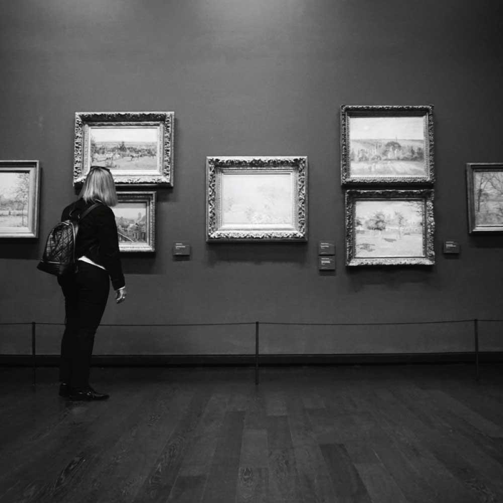 Musée d'Orsay and Georgie, Paris, France