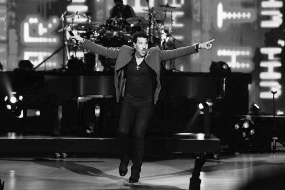 Lionel-Richie-Vegas-The Showman